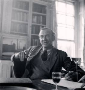 Dangerous Edge: A Life of Graham Greene (2013)